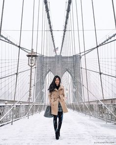 Your New York winter packing list - The Family VoyageAre you trying to find the best New York winter outfit? We have your most important guide to New York winter fashion and a practical New New York Winter Outfit, New York Winter Fashion, Winter Outfits, Ootd Winter, Mens Winter, New York Outfits, City Outfits, Trendy Outfits, Fashion Outfits