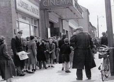 The Strand Cinema, North Strand, Dublin. Dublin Street, Dublin City, Old Pictures, Old Photos, Molly Malone, Ivy Rose, Photo Engraving, Ireland Homes, Emerald Isle