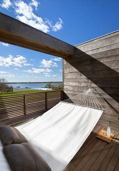 Seaside Modern: Genius Loci Residence by Bates Masi Architects in architecture Category Indoor Outdoor, Outdoor Spaces, Outdoor Living, Outdoor Decor, Outdoor Hammock, Genius Loci, Interior Exterior, Exterior Design, Hammock In Bedroom