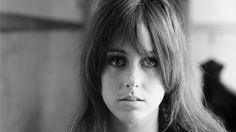 Grace Slick 1939, is an American singer, songwriter, artist, and former model, best known as one of the lead singers of the rock groups The Great Society, Jefferson Airplane, Jefferson Starship, and Starship, and a solo artist.