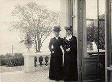 Queen Alexandra and Maria Feodorovna at Hvidøre, c. 1910