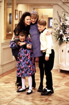The Nanny Cast, 1990s Shows, Nanny Show, Nicholle Tom, Fran Dresher, Miss Fine, Nanny Outfit, Fran Fine, Paddy Kelly