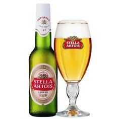 Taça para cerveja Stella Artois.