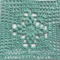 Italian Cross Granny square tutorial in Spanish and English with lots of charts.