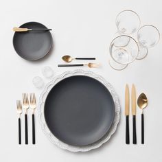 Our Signature Collection Chargers + Heath Ceramics in Indigo/Slate + Axel flatware in 24k Gold/Brushed Silver finish + Gold Rimmed Stemware + Antique Crystal Salt Cellars #cdpdesignpresentation #