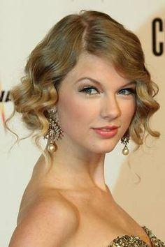 56 Mejores Imagenes De Peinados Retro Retro Hairstyles Beauty Y