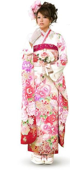 A young woman dressed in a furisode. Japanese Outfits, Japanese Fashion, Asian Fashion, Japanese Clothing, Kimono Japan, Japanese Kimono, Traditional Fashion, Traditional Dresses, Furisode Kimono