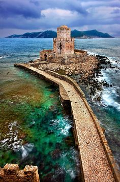 The ancient fortress of Methoni lies in the northest part of the west coast of the Peloponnese Greece Travel Around The World, Around The Worlds, Myconos, Fantasy Places, Roadtrip, Greece Travel, Dream Vacations, Places To See, Paros