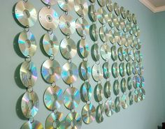 Cool cd wall hanging for your teens room.  Check out this step by step tutorial.