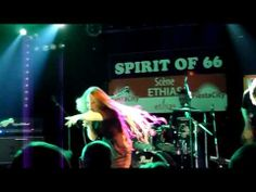 """▶ Layla Zoe - Mans World (live at the """"Spirit of 66"""") - YouTube"""