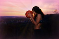 Unique senior picture for basketball girls. Brenda Roach Photography