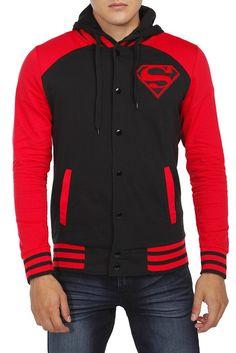 Sudadera deportiva a la Superboy