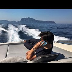 """11.7k Likes, 36 Comments - Johannes Huebl (@johanneshuebl) on Instagram: """"This will probably be the most relaxing part of our #travelDay 😁 bye Capri 🚤🇮🇹🍝 hello London 🇬🇧"""""""