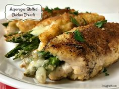 These Asparagus Stuffed Chicken Breasts are oozing with provolone cheese and turn out so tender and moist. Simple enough to prepare for any night of the week, yet elegant enough for a special occasion meal. Asparagus Rolls, Chicken Asparagus, Asparagus Recipe, Creamy Chicken, Healthy Snacks For Diabetics, Healthy Recipes, Keto Recipes, Diabetic Snacks, Keto Foods