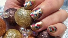 Holly Nails......Christmas Design