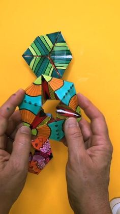 The coolest paper puzzle we have ever made! Print the template and get instructions here. Paper Crafts Origami, Paper Crafts For Kids, Diy Paper, Paper Art And Craft, Paper Art Video, Paper Folding Art, Paper Crafting, Diy Crafts Videos, Easy Crafts