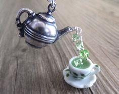 Green Tea Jewelry Necklace - Peridot Birthstone Necklace - Silver Teapot Jewelry