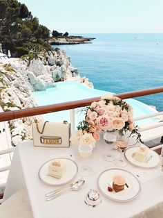 Miss Dior for desert by the pool | Cote d'Azur: http://www.ohhcouture.com/2017/06/miss-dior-for-love-cote-dazur-2/ #leoniehanne #ohhcouture