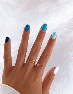 In seek out some nail designs and ideas for your nails? Here's our listing of must-try coffin acrylic nails for modern women. Aycrlic Nails, Swag Nails, Glitter Nails, Coffin Nails, Teen Nails, Best Acrylic Nails, Acrylic Nail Designs, Acrylic Spring Nails, Teen Nail Designs