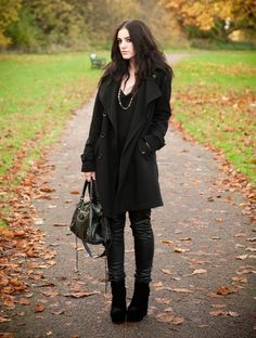 corporate goth, total black outfit, leather, skinny jeans,