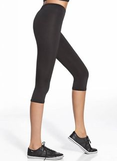 BAS BLEU | Forcefit 70 zwarte capri sportlegging | Nu 10% korting! - SOSHIN.nl Capri Leggings, Capri Pants, Sport, Fashion, Capri Pants Outfits, Capri Trousers, Deporte, Fashion Styles, Sports