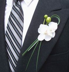 Love the simplicity - not crazy about orchids.