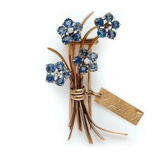A RETRO SAPPHIRE, DIAMOND AND GOLD BROOCH, BY VAN CLEEF & ARPELS