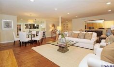 322 Mellow Lane, La Canada-Living Room