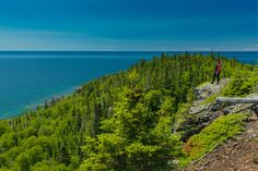 The Slate Islands are located 13 km off the North Shore of Lake Superior, and to visit is an adventure you will never forget. The Slate, Us Road Trip, Beauty Around The World, Lake Superior, Camping Hacks, Ontario, Adventure Travel, National Parks, Places To Visit