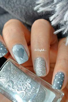 """Nail art, manucure ongles - Nailstorming """"Winter is coming"""". De la douceur, des pois, des paillettes, un stamping pullover. Le combo (presque) parfait !"""