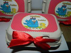 Ultima  moda em lembrancinha, caixa de ovos personalizada para seus convidados Pode ser preenchida com doces diversos