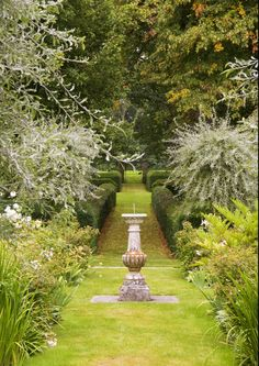 Buscot Park, Oxfordshire (by Nigel Burkitt)