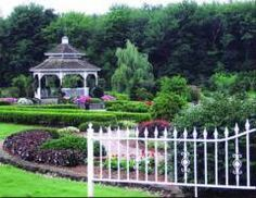 Inexpensive Connecticut Wedding Venues / Waveny House looks amazing!! and affordable..... LOTS of rules though