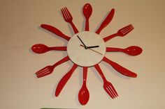 3D printed disposable flatware clock (after Samuel Bernier's design)