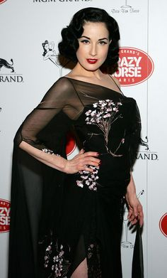 Burlesque artist Dita Von Teese arrives at the MGM Grand's Crazy Horse Paris show April 16, 2007 in Las Vegas, Nevada. Von Teese is a guest performer in the show.