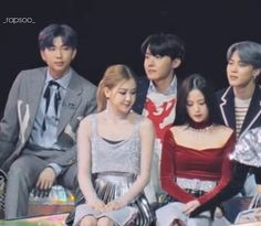 I was watching their fancam and I saw this, I know it's nothing but for me is everything 💋 Jimin, Bts, Rose Park, Ji Soo, What Is Love, I Know, Red Velvet, Everything, Told You So