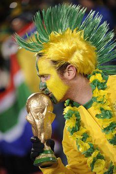 Torcida Brasileira Futebol:  - Sócio-torcedores no Brasil: 350.000