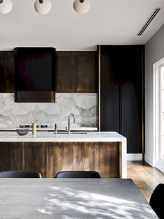 """""""Melbourne Residential Project designed by Flack Studio ~ kitchen interior decoration design inspiration styling photography White Interior Design, Home Interior, Interior Design Kitchen, Marble Interior, Studio Interior, Luxury Interior, Küchen Design, Home Design, Design Ideas"""