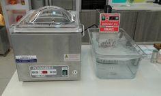 Επαγγελματική συσκευή sous vide μαζί με μηχανή vacuum. Η μηχανή sous vide είναι για μαγείρεμα στο κενό. Smart Kitchen Shop Σκοπελίτης εξοπλισμοί και συσκευές sous vide. Τηλ 210-2831035 http://www.smartkitchenshop.eu/component/virtuemart/eksipnes-siskeves/sous-vide