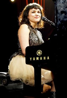 Uber-Private Mom Norah Jones Delivers Second Baby the Public Will Never See