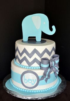 Blue and Grey Elephant Baby Shower Cake Simply Sweet Creations.OR grey and yellow with a giraffe if you don't know the gender of your baby haha. Someday for my baby shower. Torta Baby Shower, Elephant Baby Shower Cake, Elephant Cakes, Baby Elephant, Baby Boy Shower, Giraffe, Elephants, Baby Showers, Baby Cakes