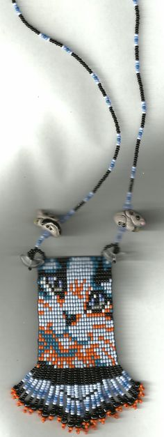 cat beaded necklace, loom style, basket weave