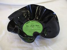 "33 RPM VINYL CANDY BOWL!    ""DR. HERB TRUE""!    A MOTIVATIONAL CANDY BOWL:    ""ARE YOU AN AMATEUR OR A PRO IN SELLING?""!    NON-PLAYABLE!    MANY USES!  *IMPERFECT BUT STILL A GREAT CONVERSATION PIECE WITH MANY USES OTHER THAN AS A CANDY BOWL!"
