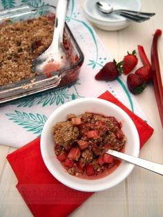 Gluten Free Strawberry Rhubarb Crisp