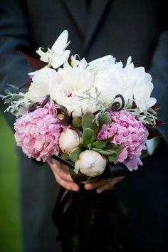 Midsummer Night's Dream Wedding Inspiration Shoot | Bridal Musings