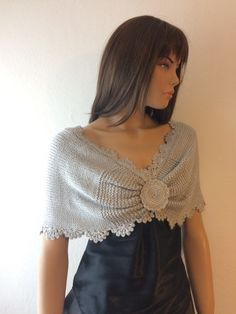 Wedding shawl silver bridal shawl evening shawl bridal cover up evening stole silver shawl Crochet Bolero, Gilet Crochet, Knit Crochet, Bridal Shawl, Wedding Shawl, Knitted Cape, Knitted Shawls, Crochet Scalloped Edge, Bridesmaid Shawl