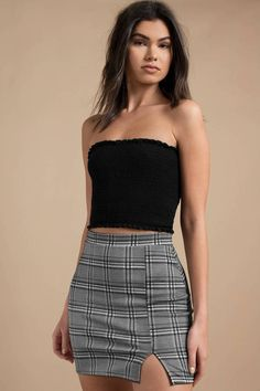 May 2018 - Looking for the Illiana Grey Multi Side Slit Plaid Skirt? Cute Casual Outfits, Short Outfits, Dress Outfits, Short Dresses, Grunge Outfits, Teen Fashion Outfits, Jugend Mode Outfits, Casual Dresses Plus Size, Checkered Skirt