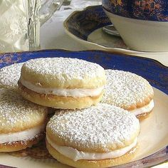 Lemon Sandwich Tea Cookies (Cytrynowe Ciasteczka) This Polish Lemon Sandwich Tea Cookie Recipe Is Perfect For Entertaining.This Polish Lemon Sandwich Tea Cookie Recipe Is Perfect For Entertaining. Lemon Desserts, Lemon Recipes, Cookie Desserts, Just Desserts, Sweet Recipes, Baking Recipes, Cookie Recipes, Delicious Desserts, Dessert Recipes