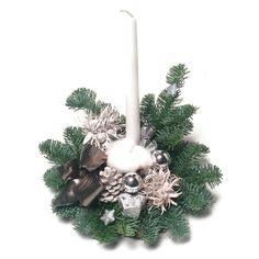 Élőfenyős sírdísz fatalpon - fehér - Szárazvirág díszek webáruháza Christmas Wreaths, Holiday Decor, Home Decor, Decoration Home, Room Decor, Advent Wreaths, Interior Decorating
