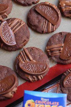 Chocolate Orange Shortbread Cookies - Jane's Patisserie Caramel Apple Crumble, Blackberry Crumble, Apple Crumble Pie, Caramel Apples, Terry's Chocolate Orange, Paleo Chocolate, Chocolate Caramels, Chocolate Pudding, Chunky Chocolate Chip Cookies